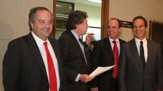 Monckeberg sondea postura de senadores RN ante nueva propuesta de cambio al binominal