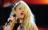 """Juez confirmó que """"loca"""" de Shakira es un plagio a cantante dominicano"""