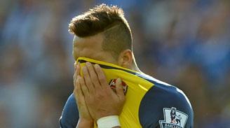 Arsenal y Alexis se estrenaron con derrota en la Champions League