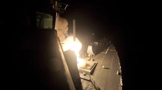 EE.UU. ataca el corazón del Estado Islámico en Siria con 150 bombas: Al menos 70 combatientes muertos