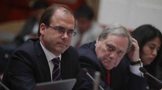 La Moneda contiene críticas oficialistas a Undurraga