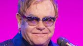 """Elton John elogió al Papa Francisco por su actitud hacia homosexuales: """"Es mi héroe"""""""