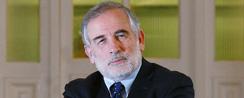 Montes critica reforma educacional y se avivan divisiones en bancada PS