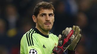 Iker Casillas cumple 34 años con un futuro incierto en Real Madrid