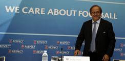 Platini dejará la UEFA en 2019 si fracasa su intento de presidir la FIFA