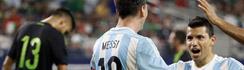 """Agüero reveló los mensajes de Messi cuando viste la """"10"""" de la selección argentina"""